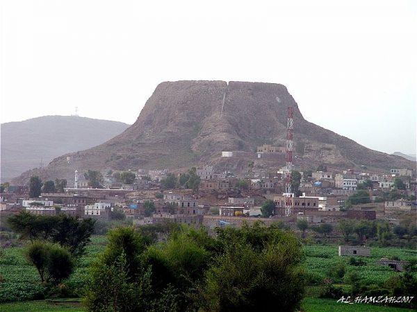 الضالع: تجدد المواجهات بين الجيش مسنوداً بالمقاومه مع مليشيات الحوثي والمخلوع غرب مريس