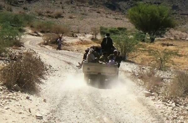 مقتل 13 من المليشيات الانقلابية بمواجهات مع الجيش بتعز