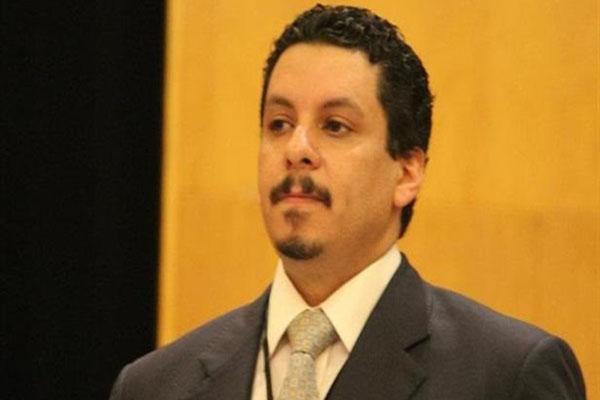 سفير اليمن بأمريكا يكشف عن مقاربة جديدة لإدارة ترامب تختلف عن مبادرة كيري