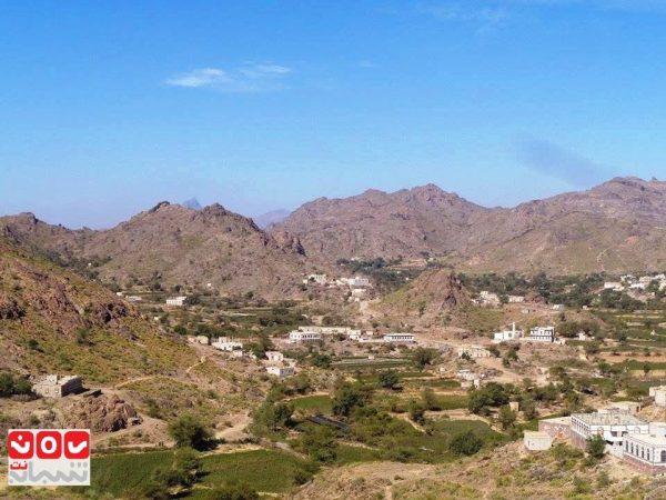 الضالع: مليشيا الحوثي والمخلوع تقصف قرى مريس بصواريخ الكاتيوشا