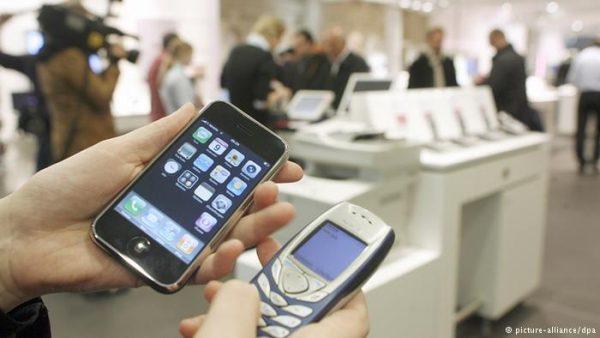 هاتف نوكيا 3310 الكلاسيكي يعود للأسواق في حلة جديدة