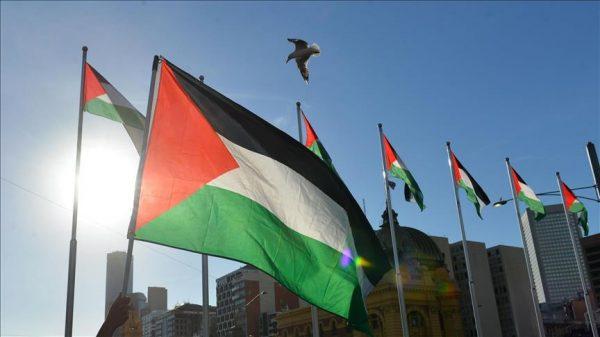 فلسطين تتفوق على إسرائيل بعدد ممثلياتها الدبلوماسية حول العالم