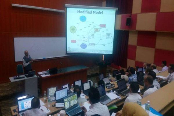 اتحاد طلاب جامعة الملايا الماليزيا تختتم عدة دورات في مجال الاحصاء