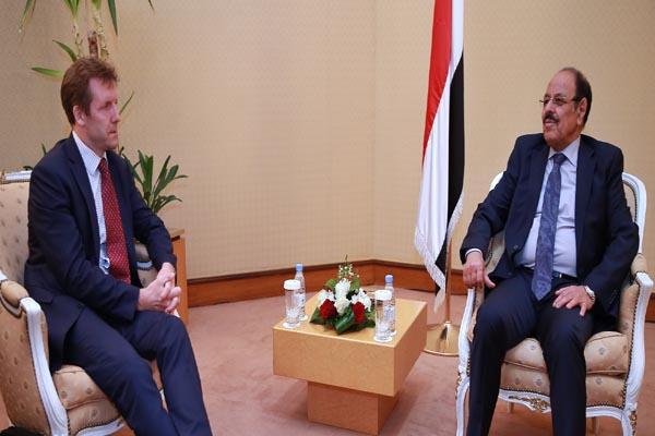 نائب الرئيس: ماضون في محاربة الإرهاب وإنهاء الانقلاب