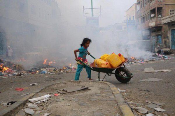 اليونيسف: 14 مليون يمني بدون مياه شرب كافية