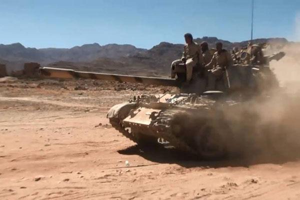 احتدام المعارك العنيفة بين قوات الشرعية والانقلابيين بنهم وميدي