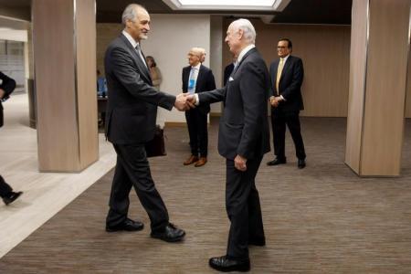 محادثات السلام السورية تخرج عن مسارها بعد مقاطعة المعارضة