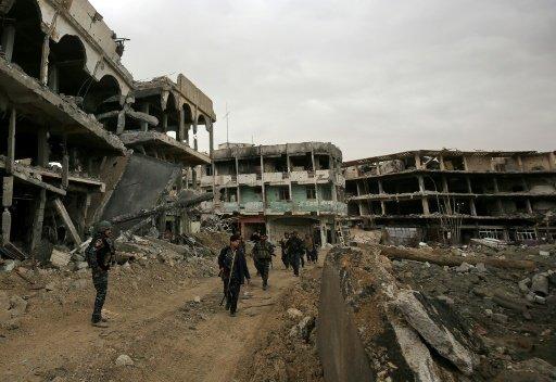 العراق: نزوح حوالى مئة ألف عراقي جراء المعارك في غرب الموصل