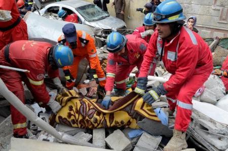 العراق: انتشال 61 جثة من تحت أنقاض مبنى في الموصل