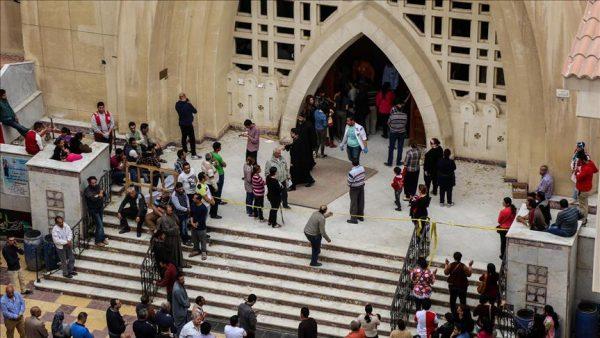 ارتفاع ضحايا تفجيري الكنيستين بمصر إلى 43 قتيلًا و119 جريحا