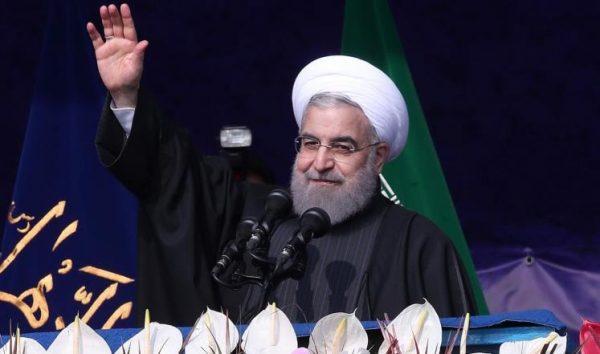 روحاني يتقدم رسميا للترشح لولاية ثانية