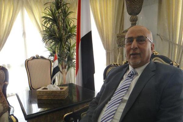 الحكومة تفند بالأرقام مغالطات مسؤول أممي حول الحصار وميناء الحديدة