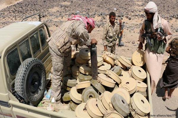 هيومن رايتس: الانقلابيون استخدموا ألغاما محظورة تسببت بمقتل مدنيين