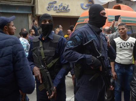 مصر تكشف هوية انتحاري نفذ واحدا من تفجيري أحد السعف