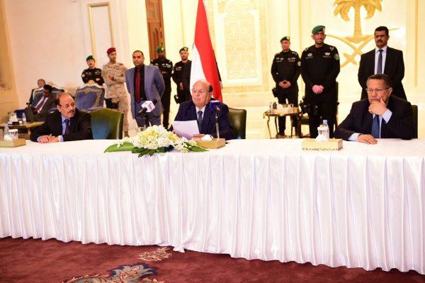 """الرئيس هادي: حزبنا ومذهبنا الأكبر هو اليمن وغريمنا هو """"الانقلاب ومليشياته"""""""