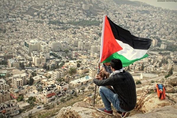 فلسطينيون: بريطانيا ترفض طلبا بالاعتذار عن وعد بلفور