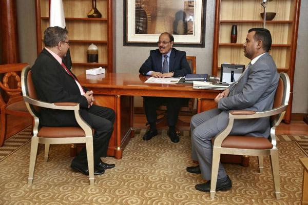 نائب الرئيس يطالب المجتمع الدولي تصنيف الحوثيين جماعة إرهابية