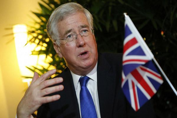 وزير الدفاع البريطاني: السعودية تدافع عن نفسها من اعتداءات الحوثيين بالحدود