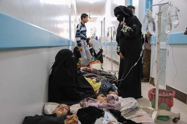 ارتفاع وفيات الكوليرا باليمن إلى 124 حالة واشتباه في إصابة 11 ألفاً