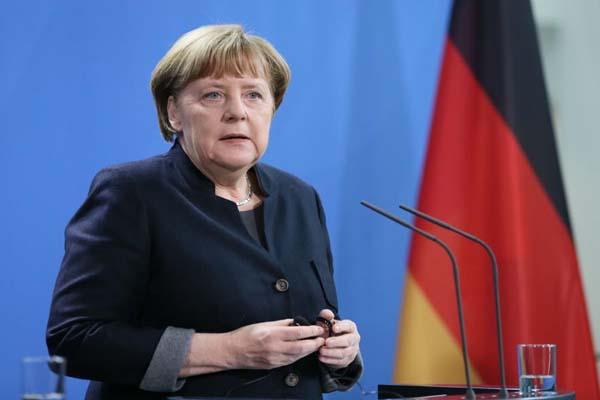 ميركل: على أوروبا ألا تدفع تركيا بعيدا