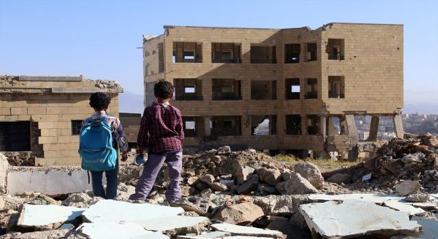 صحيفة تكشف عن تحضيرات لملاحقة مجرمي الحرب في اليمن