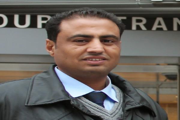 نقابة الصحفيين تدين ما تعرض له الصحفي عبدالعزيز المجيدي بتعز