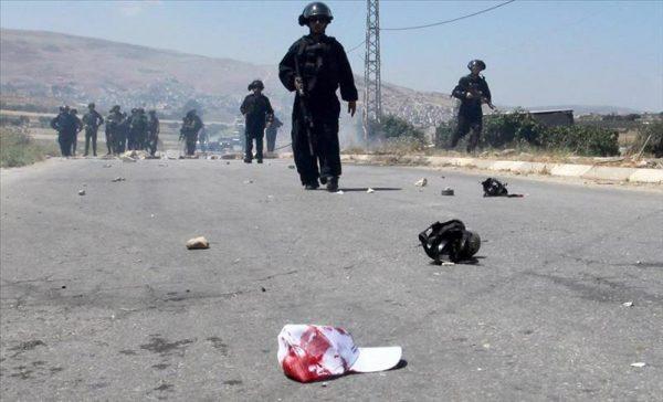 مقتل فلسطيني وإصابة العشرات برصاص الإحتلال الإسرائيلي بالضفة