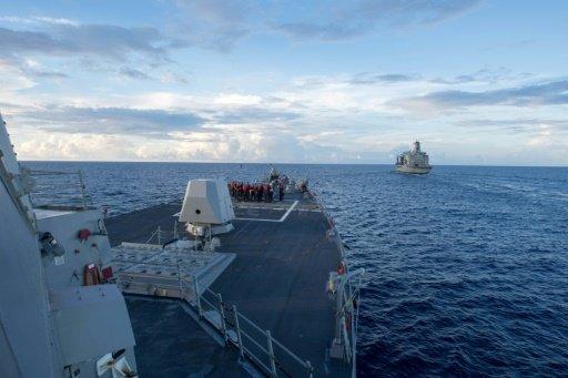 """الصين تعلن أن سفينة عسكرية أميركية دخلت مياهها الإقليمية """"بدون إذن"""""""