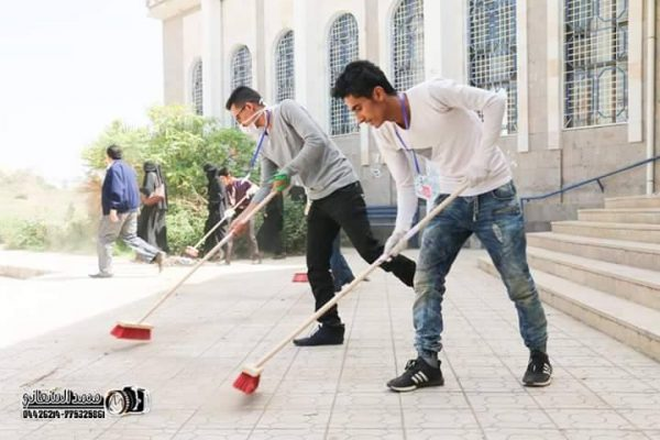 مبادرة شبابية تدشن أنشطتها بحملة تنظيف جامعة إب