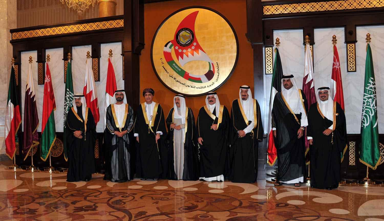 السعودية والإمارات والبحرين ومصر تقطع العلاقات مع قطر
