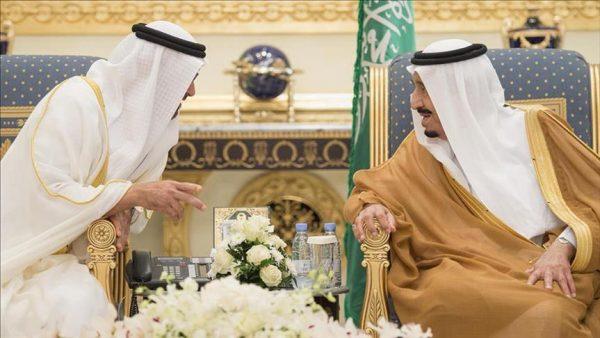 العاهل السعودي وولي عهد أبو ظبي يبحثان في جدة قضايا إقليمية ودولية