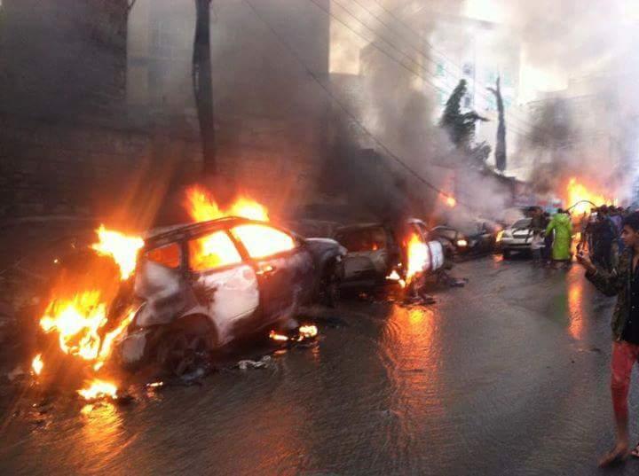 إب: إحتراق 8 منازل ونحو 20 مركبة بحريق محطة وقود متنقلة وسط المدينة
