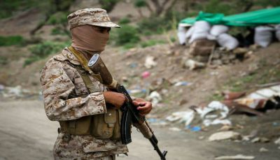 """القوات الحكومية تستعيد السيطرة على جبل """"الدرب"""" الاستراتيجي جنوب غربي تعز"""