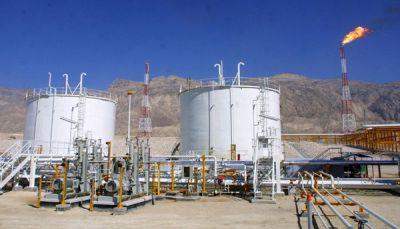 """شركة النفط بعدن تطمئن المواطنين وتؤكد توفر كميات كبيرة من """"المشتقات النفطية"""""""