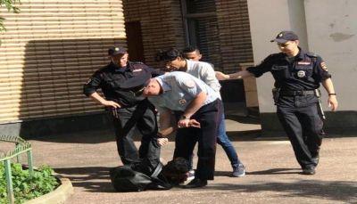 قوات الأمن الروسية تمنع الطلاب اليمنيين من الاعتصام في مبنى السفارة اليمنية