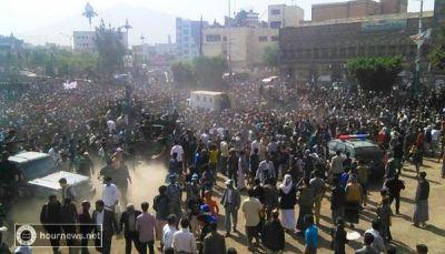 """صنعاء: تنفيذ حكم الإعدام بحق قاتل ومغتصب """"الطفلة رنا"""" في ميدان التحرير"""
