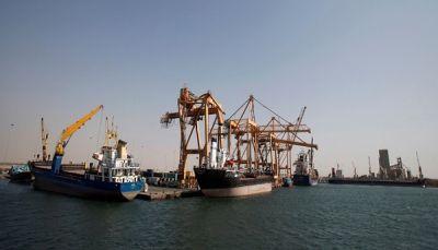 التحالف العربي يقول إنه أصدر خمسة تصاريح لسُفن متجه إلى اليمن