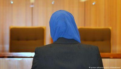 مسلمة أمريكية تحصل على 85 ألف دولار تعويضا على نزع حجابها