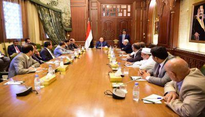 أعضاء البرلمان يدعمون خطوات الرئيس لإنهاء الانقلاب ويشيدون بالجيش والمقاومة
