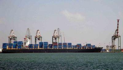 ميناء عدن استقبل العام الماضي 330 ألف حاوية لأول مرة منذ 7 سنوات