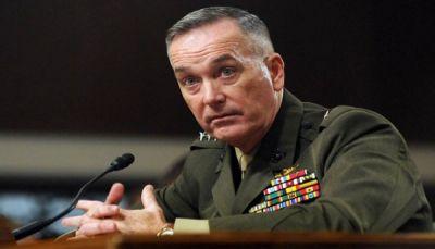 قائد القيادة المركزية الأمريكية يزور جيزان التي تشهد مواجهات على حدود اليمن