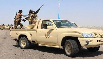 """مقتل جنديين وإصابة ثالث في اشتباك بين مجموعات من"""" الحزام الأمني"""" بأبين"""
