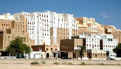 مسلحان يغتالان ضابطاً في قوات النخبة الحضرمية بمدينة شبام