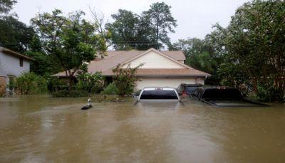 تقديرات: 90 مليار دولار خسائر أمريكا جراء العاصفة المدارية