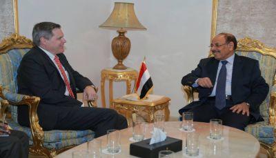 أمريكا تجدد رفضها للتدخلات الايرانية في اليمن ودعمها الكامل للشرعية