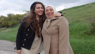 العثور على ناشطة سورية معارضة وابنتها مقتولتين في اسطنبول