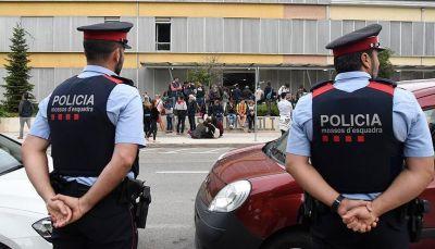 السلطات الإسبانية تمنع استفتاء الانفصال في اقليم كتالونيا