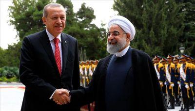 وسط مراسم رسمية.. روحاني يستقبل أردوغان في طهران