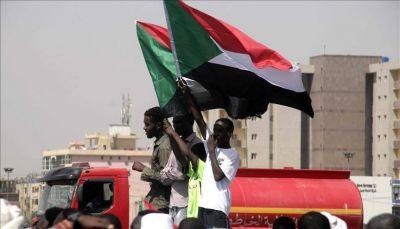 """السودان ينفي قبوله """"شروطا غير معلنة"""" لرفع العقوبات الاقتصادية الأمريكية"""