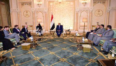 الرئيس هادي يؤكد على ضرورة تفعيل رابطة أصدقاء اليمن لتقديم الدعم الاقتصادي لليمن